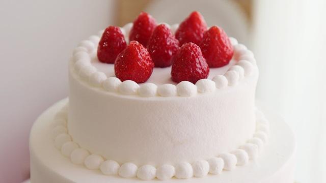 생크림 케이크.jpg